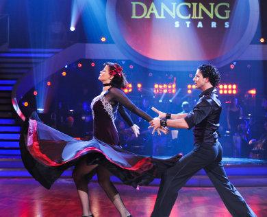 Musicalszene » News » ORF Dancing Stars 2012 - Eva Maria